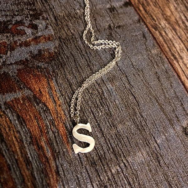 alphabet necklace -letter S